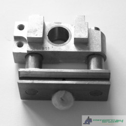 244011A FEED DOG CARRIER BLOCK ASM. NEWLONG NP-7A